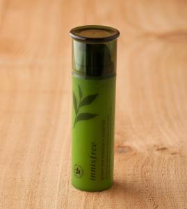 innisfree-the-green-tea-moisture-essence